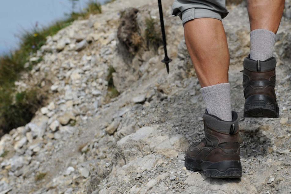 In den Alpen ist ein Bergsteiger aus Augsburg ums Leben gekommen. (Symbolbild)
