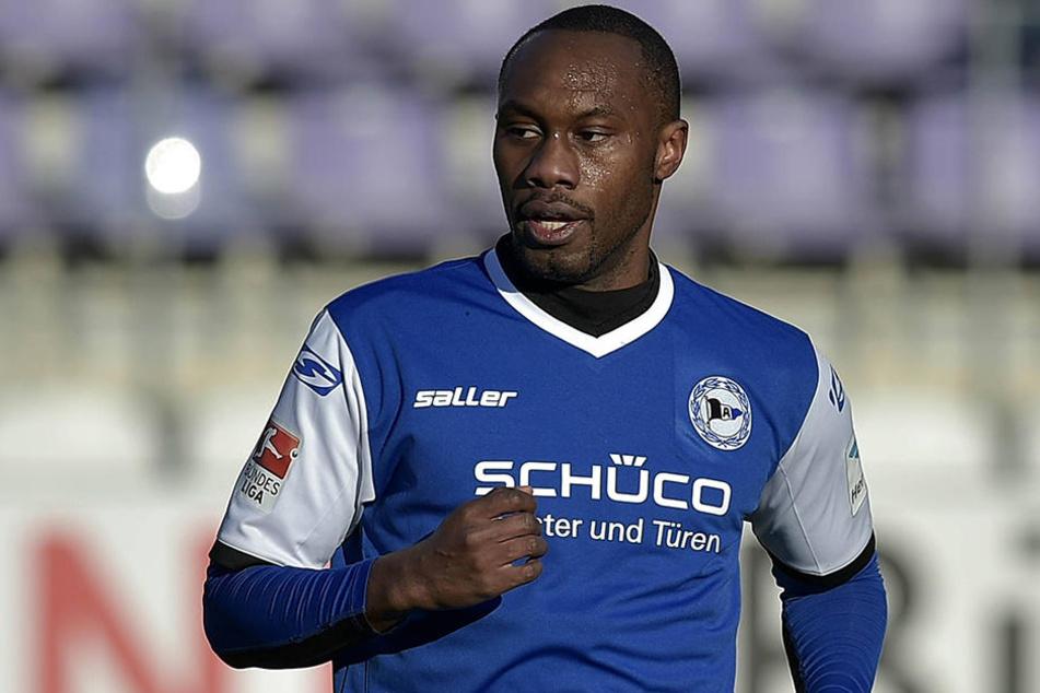 Reinhold Yabo ist ein Fußballer mit außergewöhnlichen Hobbys.