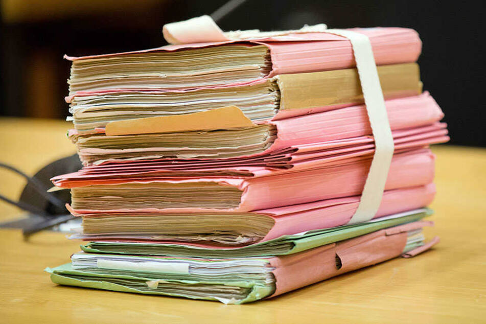Prozessakten aus Papier sollen bald der Vergangenheit angehören. (Symbolbild)
