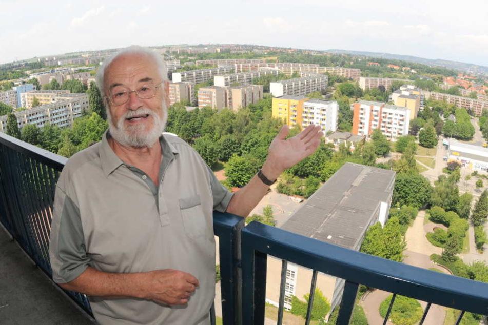 """Der Gorbitzer Chef-Architekt  Günter Trepte (86) freut sich über die Entwicklung, die """"sein"""" Viertel genommen  hat."""