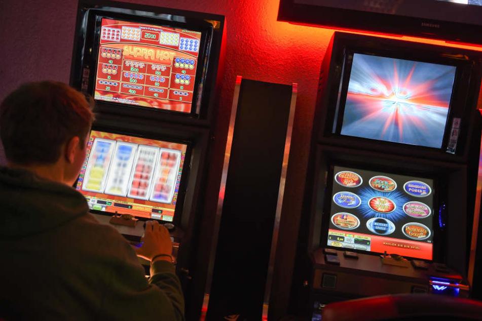 Spielautomaten-Betrüger geschnappt!