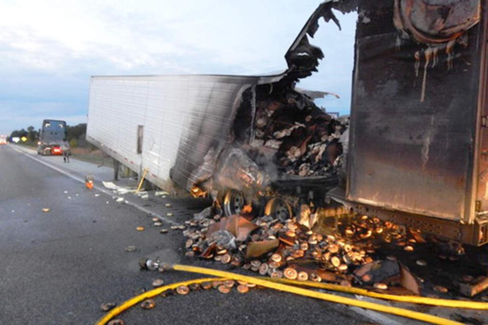 Lkw geht in Flammen auf und Tausende Menschen müssen auf ihr Frühstück verzichten