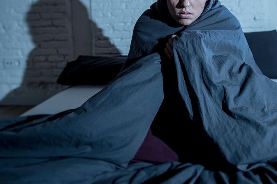 22 Jahre lang war die Frau im Haus ihres Entführers festgehalten worden. (Symbolbild)
