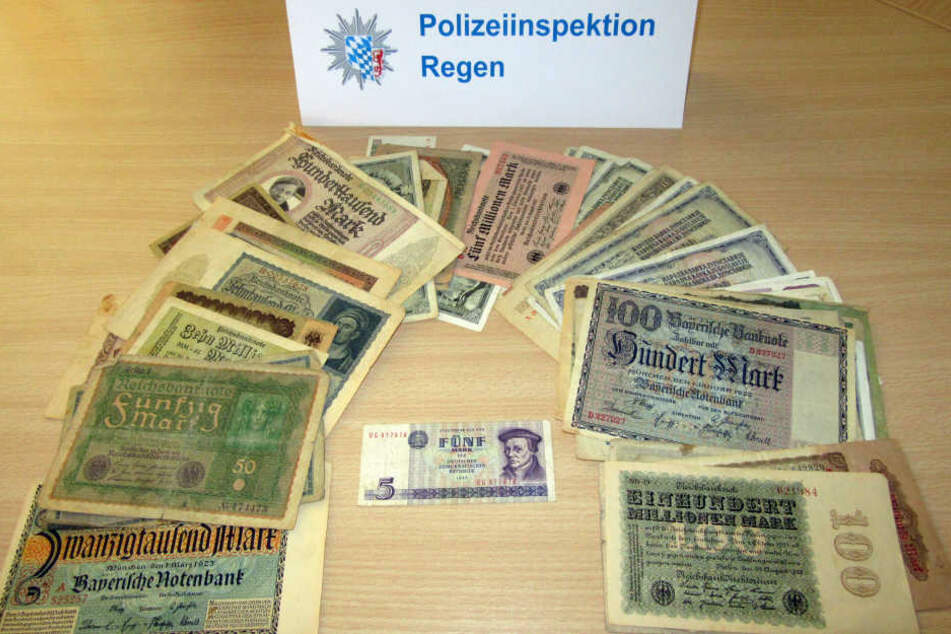 Geldscheine im Wert von 500 Millionen: Kinder hatten das Bündel Geld gefunden und lieferten es bei der Polizei ab.