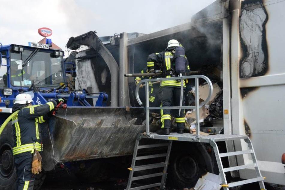 Das Feuer hatte extreme Auswirkungen auf den Verkehr.