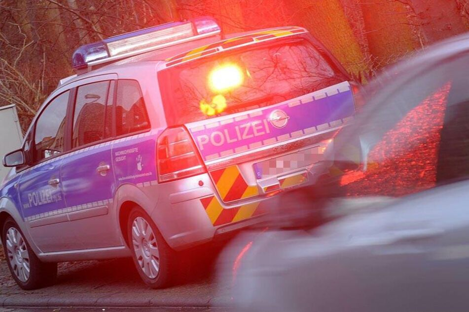 Ein 32-Jähriger fuhr mit 125 km/h durch den Ort. (Symbolbild)