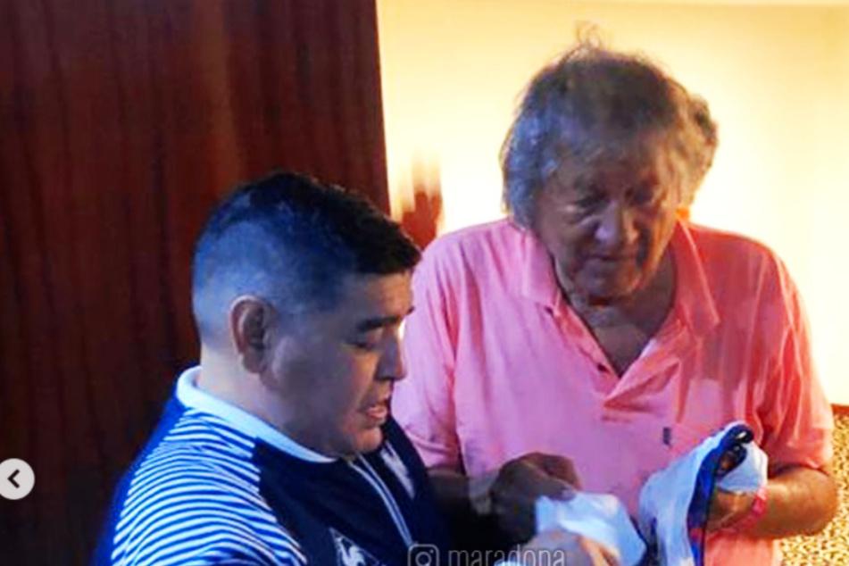 Maradona untröstlich: Argentinien-Legende Carlovich stirbt nach brutalem Raubüberfall!