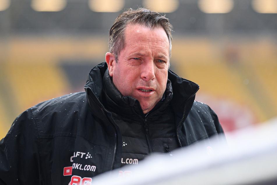 Der positive Corona-Test von unter anderem Trainer Markus Kauczinski (50) sorgte für die Absage des Spiels gegen Wiesbaden.