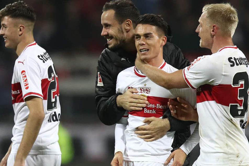 Endlich lacht man beim VfB Stuttgart wieder: Erleichterung pur nach 2:0-Erfolg gegen Nürnberg.