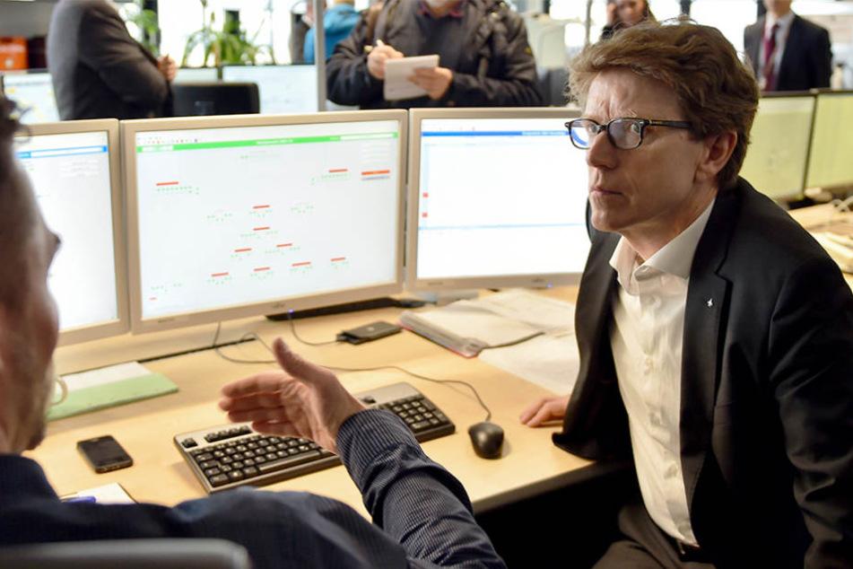 BER-Flughafen: Falsche Technik eingebaut - 750 Monitore entsorgt