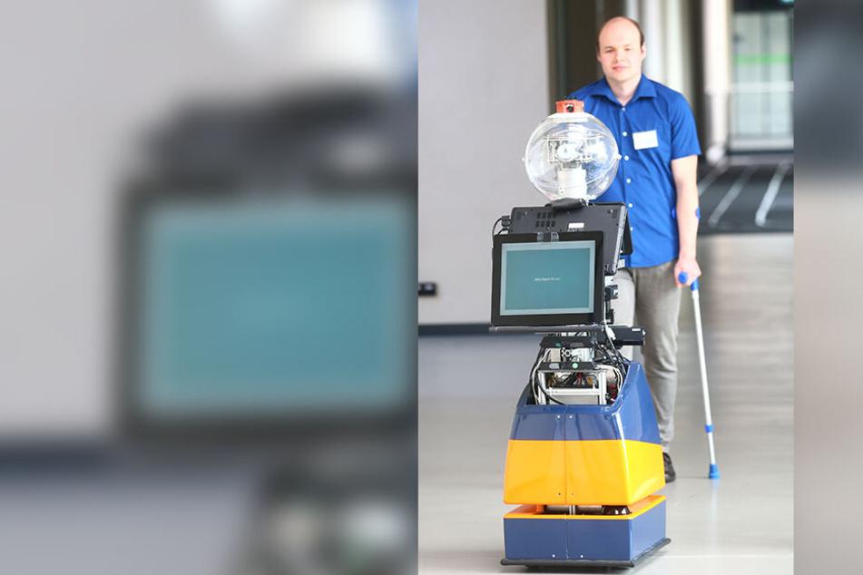Der, von der TU Ilmenau entwickelte Roboter soll Patienten nach Fuß-, Knie- oder Hüftoperationen helfen.