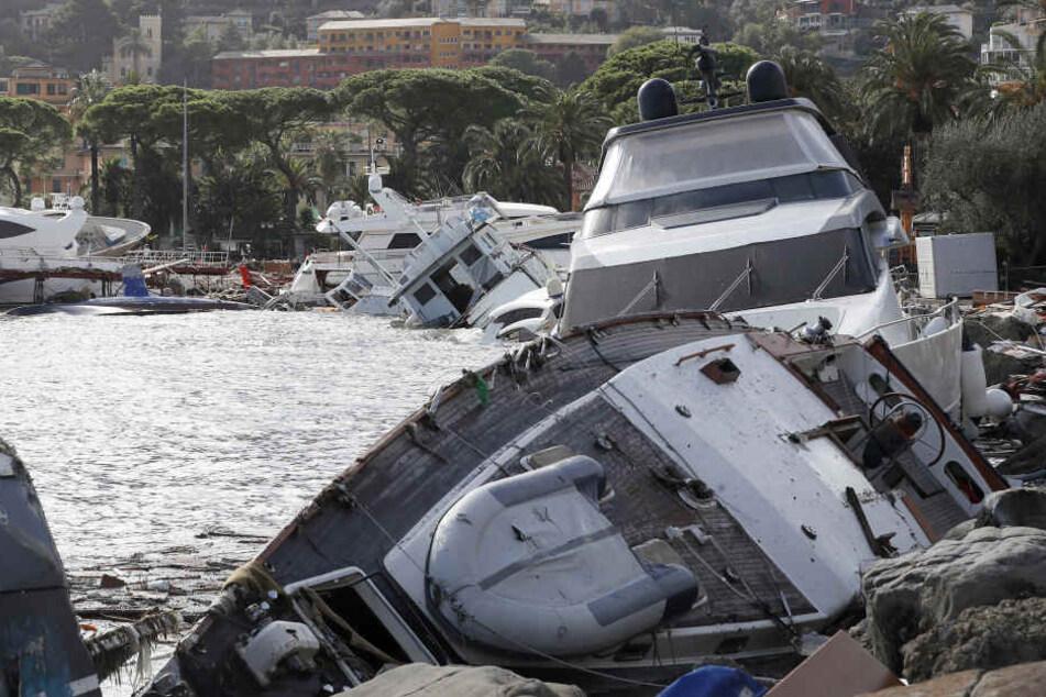 Die Schlechtwetterfront mit Starkregen und Sturmböen lähmt seit Tagen weite Teile Italiens.