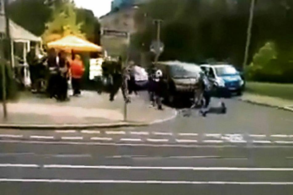 Von der tödlichen Auseinandersetzung gibt es ein Augenzeugen-Video, das schon im ersten Prozess eine entscheidende Rolle spielte.