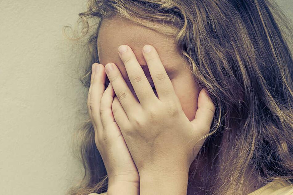 Polizist vergewaltigt Tochter (13) vom Arbeitskollegen