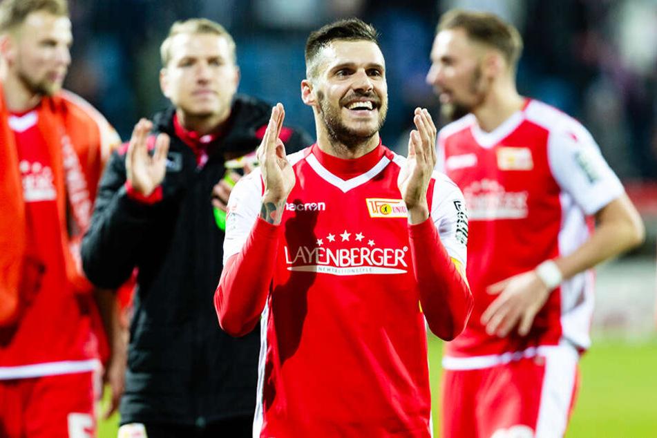 Der 1. FC Union Berlin um Christopher Trimmel ist auf Bundesliga-Kurs.