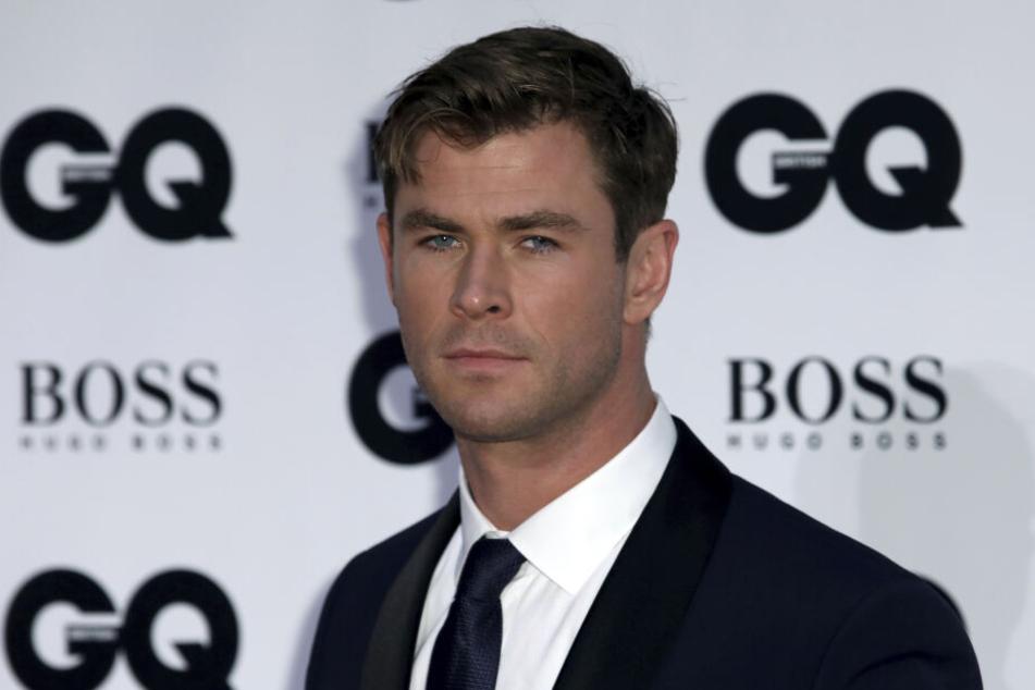 Chris Hemsworth (35).