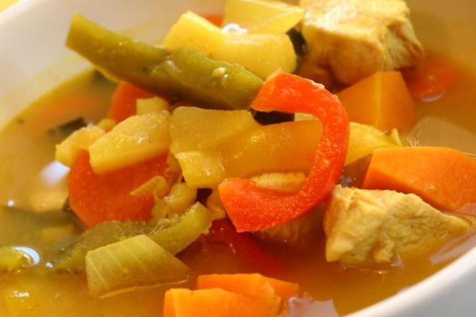 Der Geliebte wollte im Krankenhaus keine Suppe mit Fleisch essen. Dadurch wurde der Mord aufgedeckt. (Symbolbild)