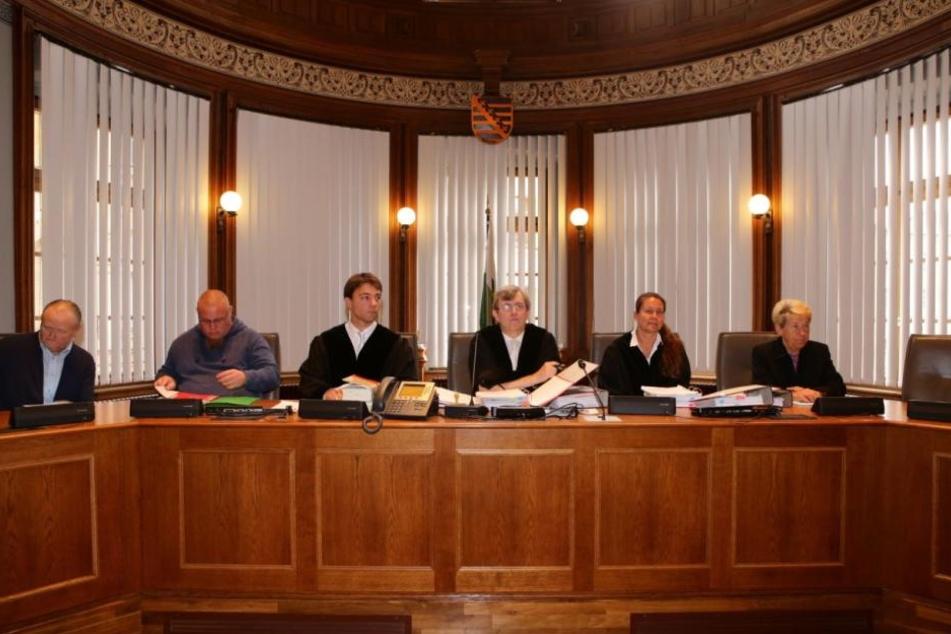 Gegen 9.30 Uhr begann der Prozess gegen die vier Hells Angels Mitglieder.