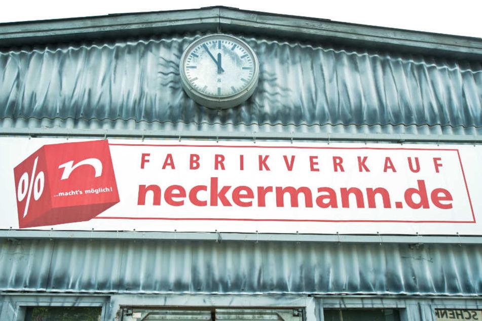 Es geht um 19,8 Million! Ehemaliger Neckermann-Vorstand vor Gericht