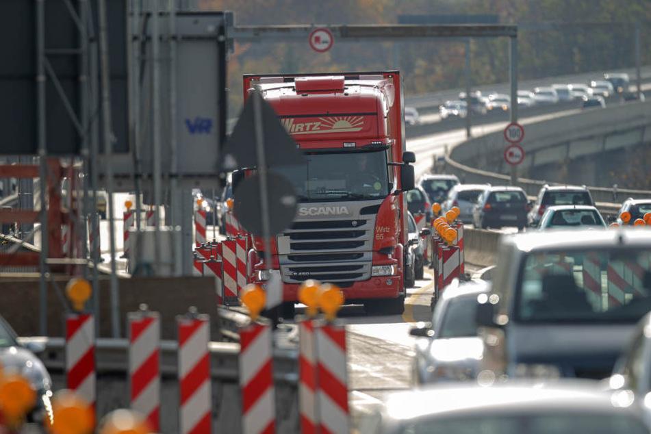 Die erste Hälfte der neuen Schiersteiner Brücke wird am 20. November freigegeben. (Symbolbild)