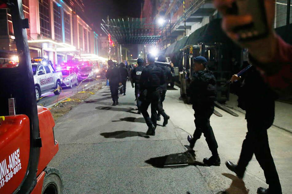 Mehrere Verletzte: Bewaffnete greifen Hotelanlage in Manila an