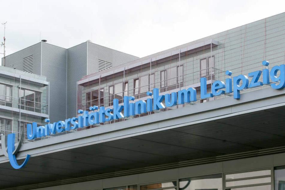 Am Leipziger Uniklinikum wurde Simone Freude vor zwei Jahren ein Stück Leber ihres Mannes eingesetzt.
