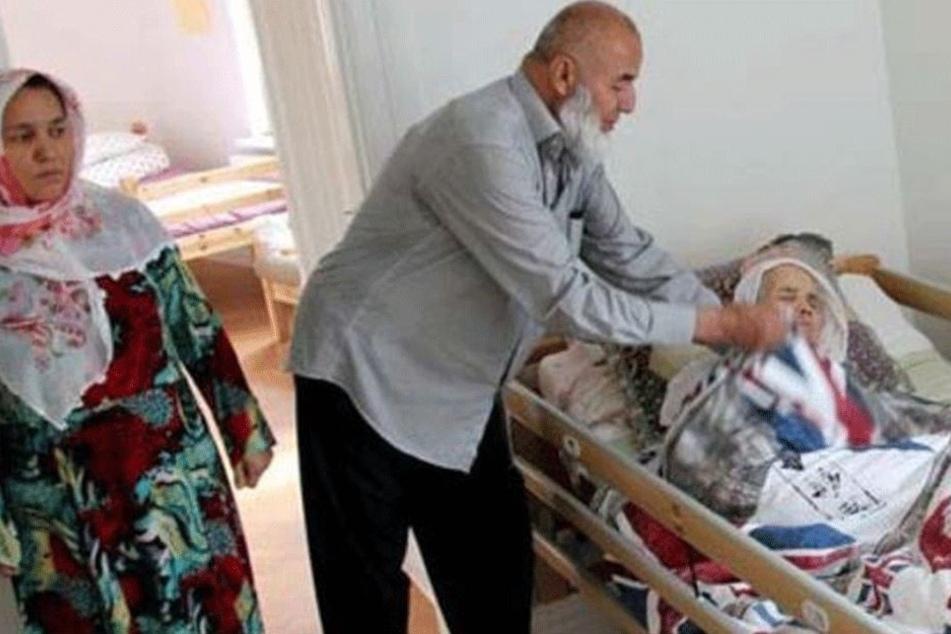 Ältester Flüchtling der Welt soll abgeschoben werden: Sie ist 106 Jahre alt!