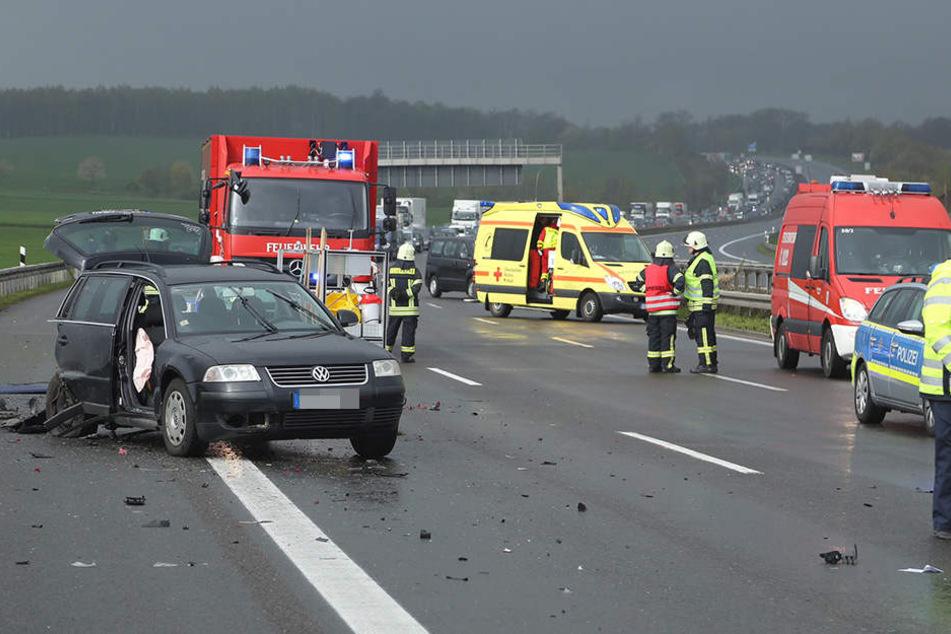 Am Sonntagvormittag kam es auf der A4 zu einem heftigen Unfall.