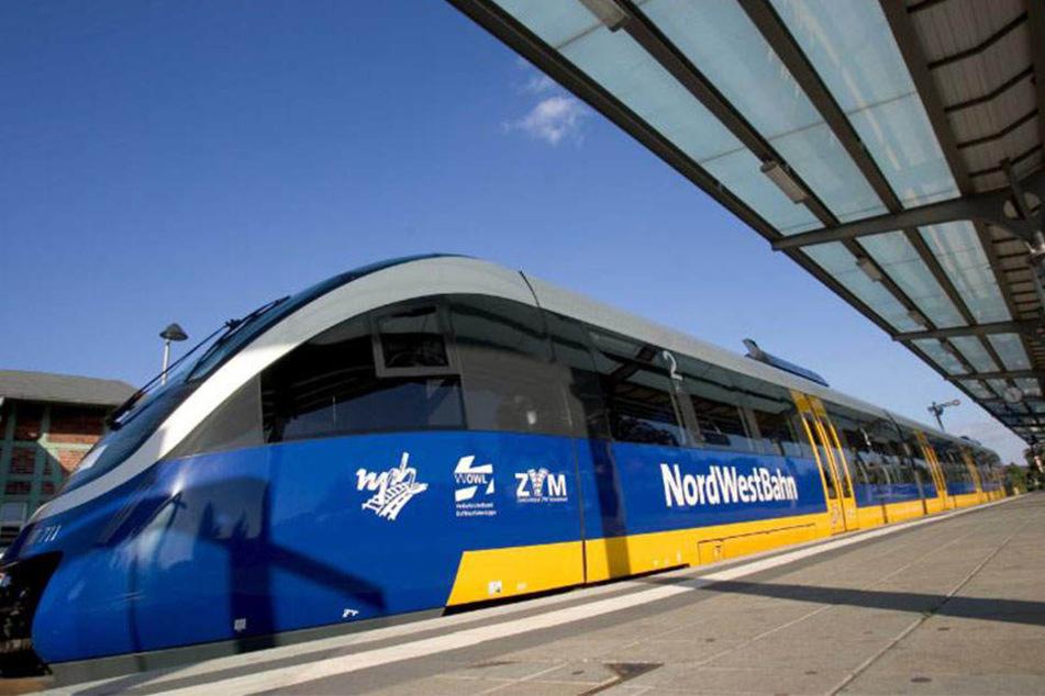 Die NordWestBahn hat mit Ausfällen auf zwei Strecken zu kämpfen.