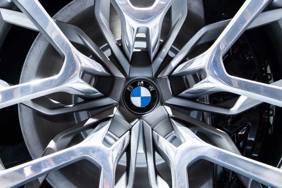 BMW muss den Gürtel enger schnallen. (Symbolbild)
