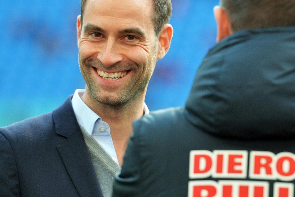 Oliver Mintzlaff sieht keinen Grund, warum seine Mannschaft bei einer sportlichen Qualifikation nicht an der Champions League teilnehmen können sollte.