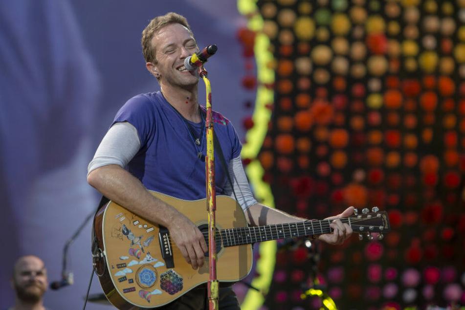 Chris Martin (42) im Sommer 2017 bei seinem Konzert in Leipzig.