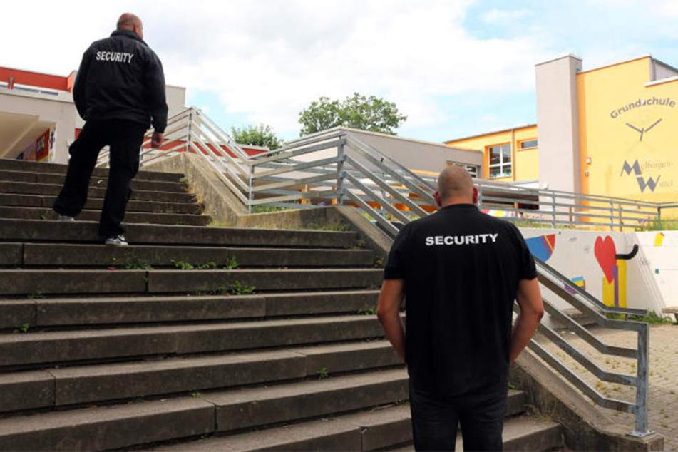 Am Freitagmorgen war plötzlich keine Security mehr am Schulzentrum.