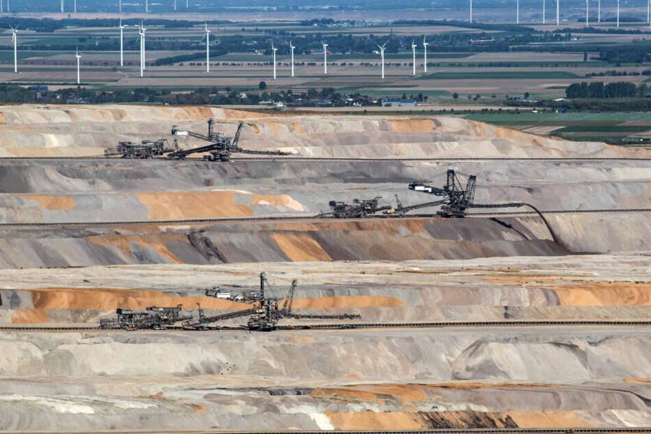Viel Widerstand: RWE will im Tagebau Hambach weiter Grundwasser abpumpen