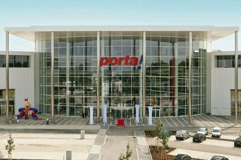 Großer Ansturm bei porta Aachen: Bis Samstag gibt's 35% Rabatt auf Möbel!