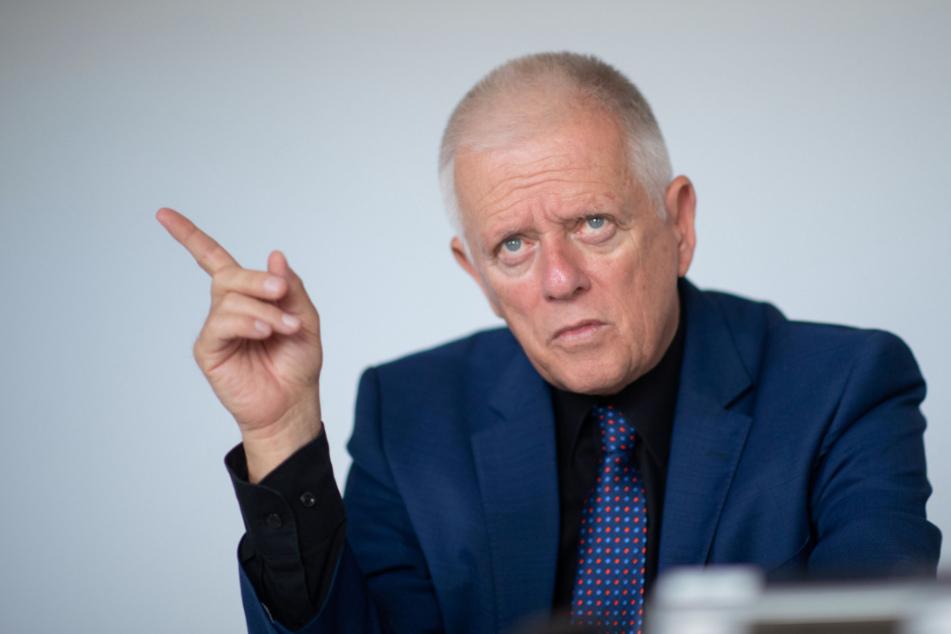 War jahrelang an der Spitze des Stuttgarter Rathauses: Fritz Kuhn (65, Grüne).