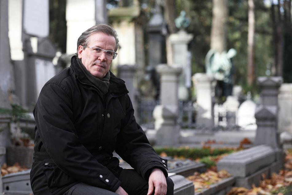 Christoph Kuckelkorn sieht Parallelen zwischen Bestattung und Karneval.