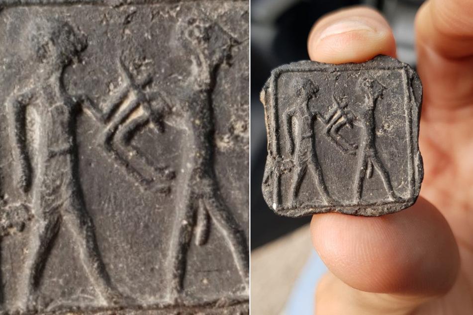 Die 3500 Jahre alte Tontafel hat die Maße 2,8 mal 2,8 Zentimeter.
