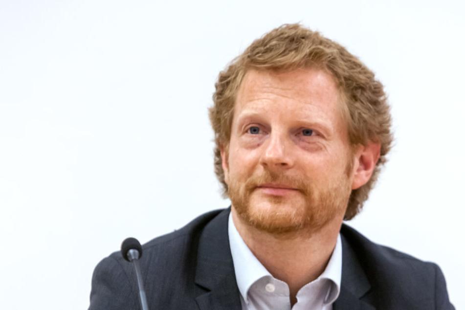 Baudezernent Michael Stötzer (44, Grüne) kann sich über 8,2 Millionen Euro Kaufpreis für die zwei Grundstücke freuen.