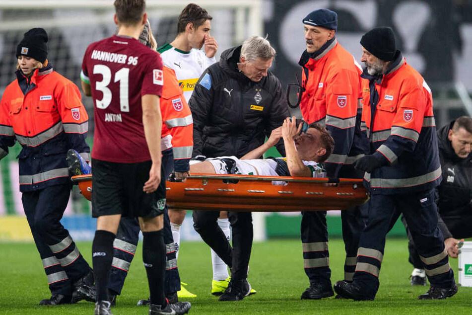 Diagnose: Kiefer- und Augenhöhlenbruch. Damit ist die Hinrunde für den Nationalspieler gelaufen.