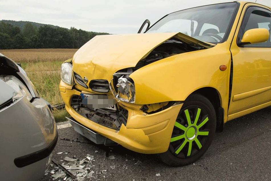 Der Überholvorgang des 77-jährigen Skoda-Fahrers misslang gründlich.