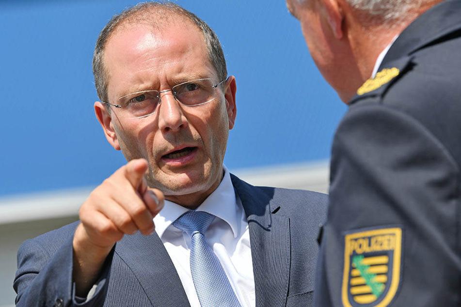 Laut Innenminister Markus Ulbig sind in diesem Jahr bislang weniger Straftaten in Leipzig verübt worden. (Symbolbild)