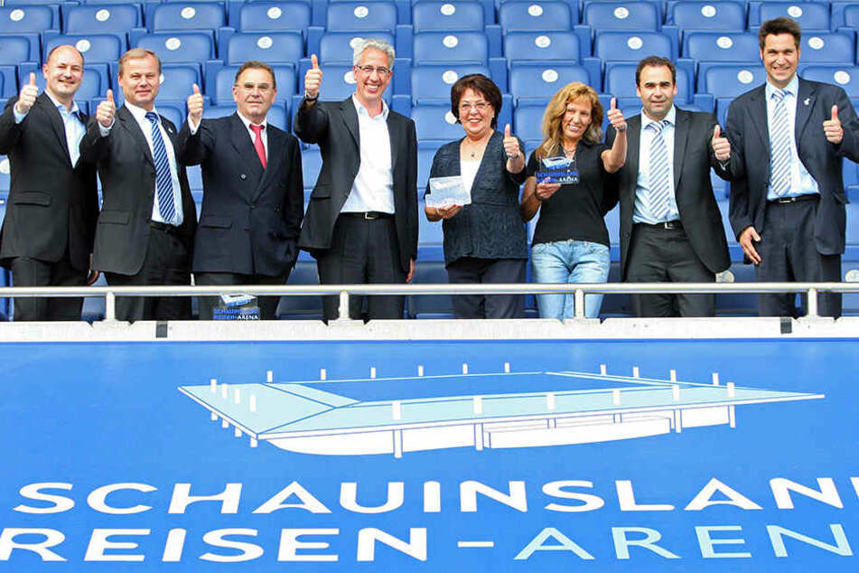 Hier war Kentsch (2. v. l.) ein Teil der Führung des MSV Duisburg.