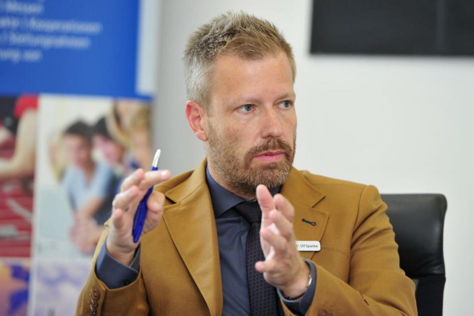 """IHK-Datenschutzbeauftragter Dr. Ulf Spanke (40) erhält täglich bis zu 30 Anfragen zur neuen """"DSGVO""""."""