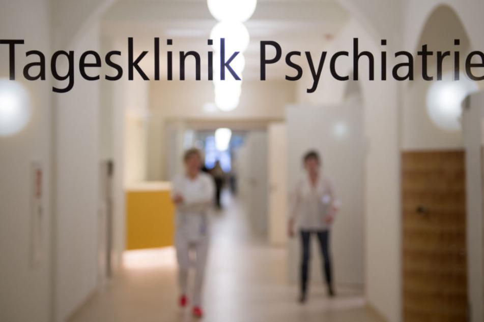 Im Jahr 2016 wurden bei der AOK Baden-Württemberg 14,9 Prozent der Versicherten im Alter von 18 bis 25 Jahren stationär oder ambulant wegen psychischer Erkrankungen behandelt. (Symbolbild)
