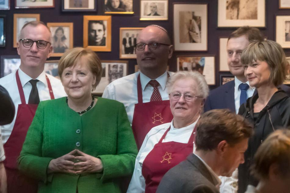Bundeskanzlerin Angela Merkel am Sonntag im Schalom.