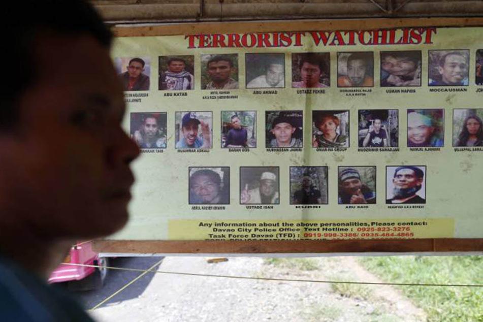 Die islamistische Gruppe Abu Sayyaf hält die Philippinen in Atem. Immer wieder kommt es zu Entführungen und Ermordungen.