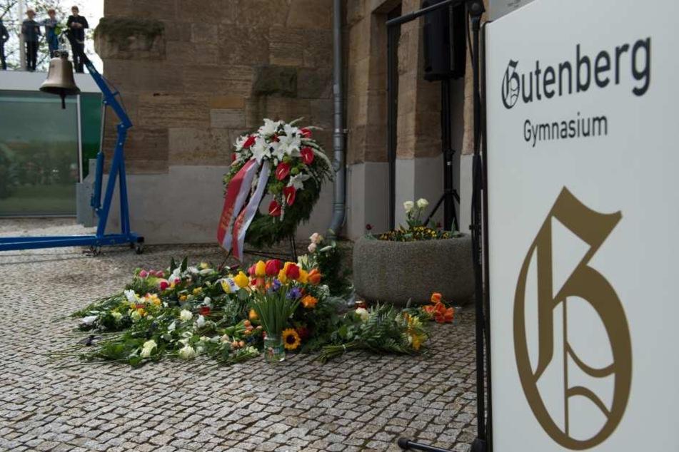 Bei dem Amoklauf am Gutenberg-Gymnasium in Erfurt verloren 16 Menschen ihr Leben. (Archivbild)