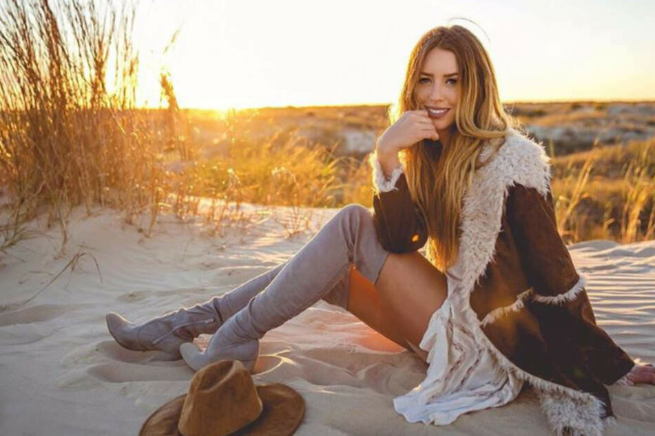 Schlimmer Unfall: Country-Sängerin stirbt auf dem Weg zum Konzert
