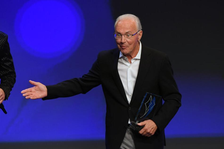 Der Weltfußballer und Ehrenpräsident des FC Bayern Franz Beckenbauer wäre den Beschluss anderes angegebenen (Archivbild)